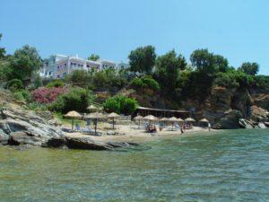 Στην Άνδρο μια από τις πιο ωραίες ελληνικές παραλίες