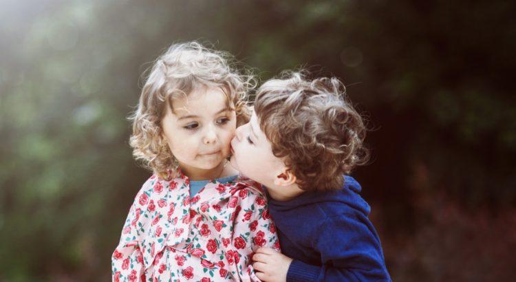 φιλιά και λαοί