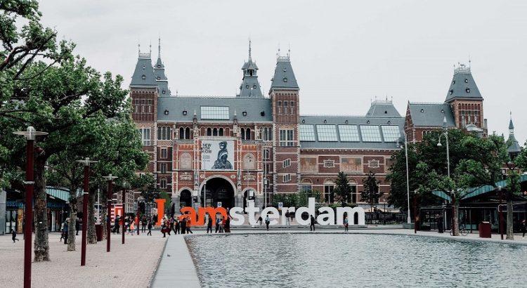 'Αμστερνταμ