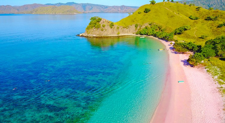 Ανακάλυψε την παραλία Pink Sand beach στις Μπαχάμες