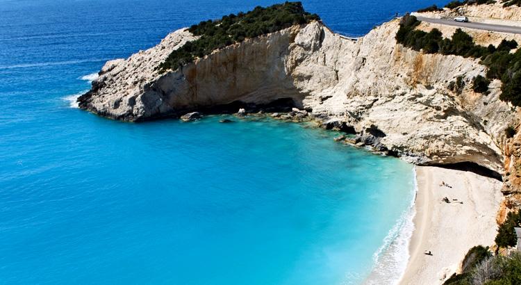 Ανακάλυψε το Πόρτο Κατσίκι στη Λευκάδα. Πρόκειται για μια από τις ομορφότερες παραλίες του κόσμου.