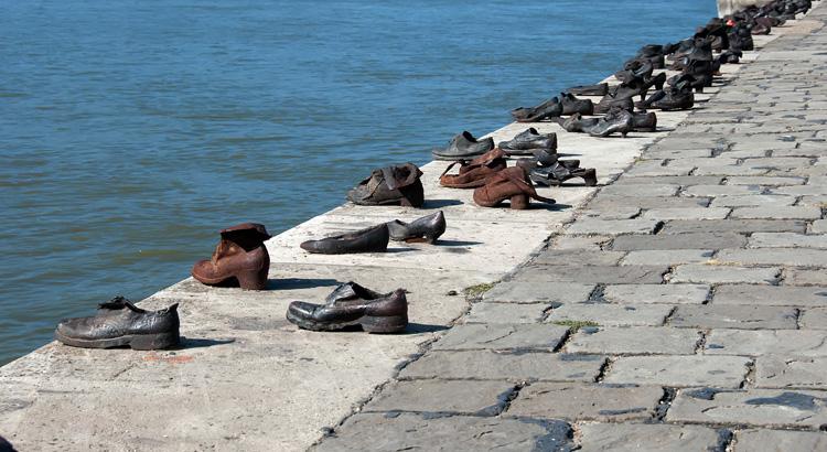 Φωτογραφία από τα Παπούτσια στον Περίπατο του Δούναβη στη Βουδαπέστη