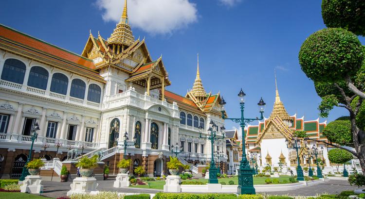 Το τεράστιο παλάτι που πρέπει να επισκεφτείς στην Μπανγκόκ