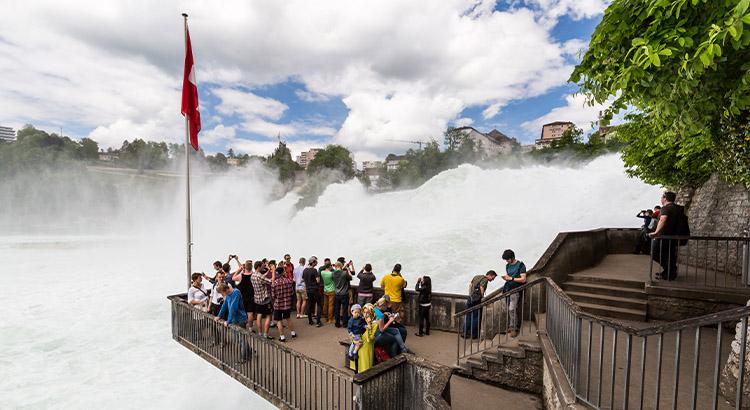 Καταράκτες του Ρήνου ένας από τους καλύτερους προορισμούς της Ελβετίας