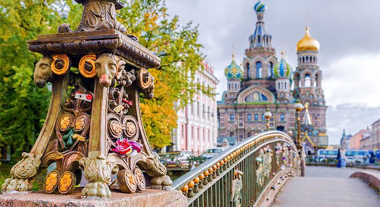 Ναός του Χυμένου Αίματος, ένα από τα μέρη που πρέπει να δεις στην Αγία Πετρούπολη