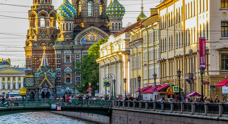 Κανάλια, ένα από τα μέρη που πρέπει να δεις στην Αγία Πετρούπολη