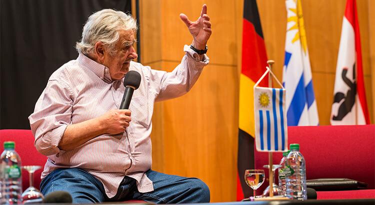 Jose Mujica, o πιο ταπεινός αρχηγός κράτους στον κόσμο, ένα από τα στοιχεία της Ουρουγουάης